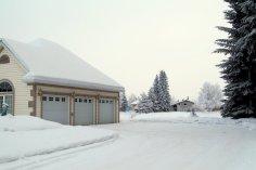 Garage/Parking Area
